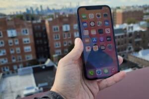Phải làm gì khi bạn không thể kích hoạt một chiếc iPhone cũ